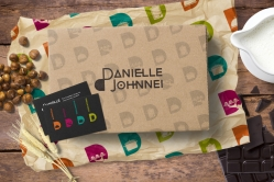 danielle-johnnei-03